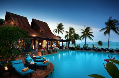 Thailand-Resort-Swimming-Pool-Resort-with-Palm-Trees